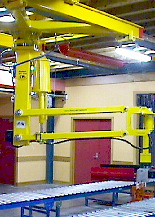 World Manipulator Arm on a trolley and gantry system